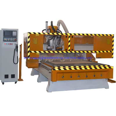 China Atuomatic 16 tools change CNC Router Machine for cabinet doors with drilling bank distributor