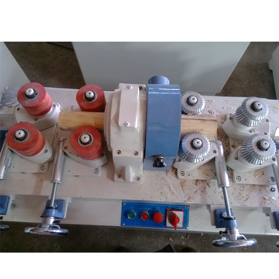 Round wooden bar making machine MC9050C with working diameter range 20-50mm